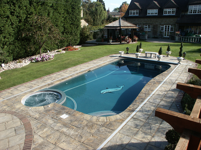 outdoor swimming pool bedfordshire lifestyle pools